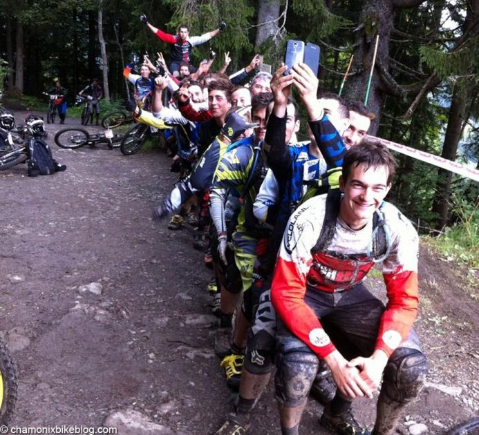 Waiting for the start of the final stage, the top 20 guys decided to, err, dunno what really. This is enduro something.